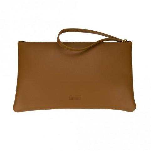 Bolsa grande de mano de color cuero