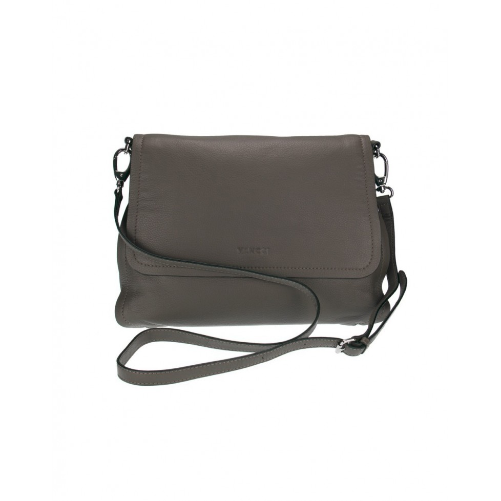 Bolso modelo CrossBody Flap en color negro